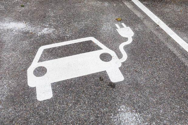 Photo: Auto-Bodenmarkierung