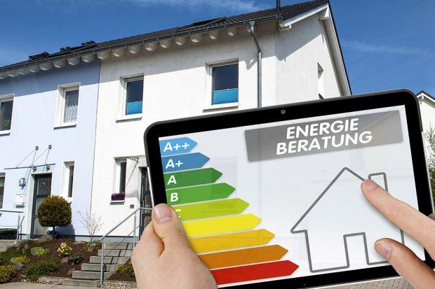 Photo: Haus und Energieplakette