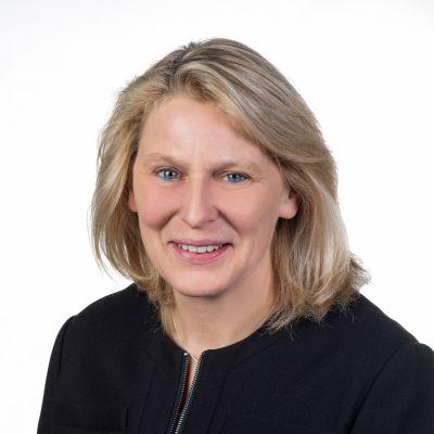 Susanne Schultz, Steuerfachangestellte, Fulda